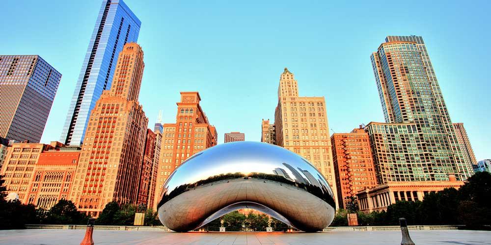 Restaurant Point East 2021 Cloud Gate Chicago Magnificent Mile City Skyline